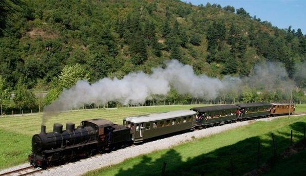 museo-vasco-del-ferrocarril-3-tren-a-vapor