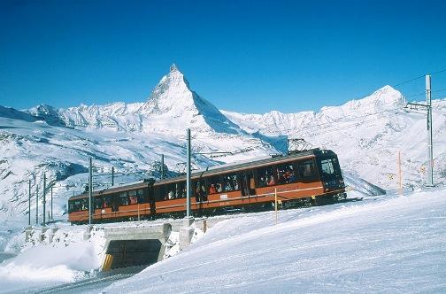 http://viajemosentren.com/wp-content/uploads/2009/05/tren-gornergrat.jpg