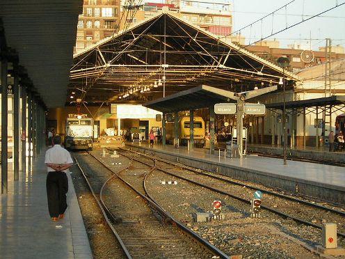 estacion de tren de alicante